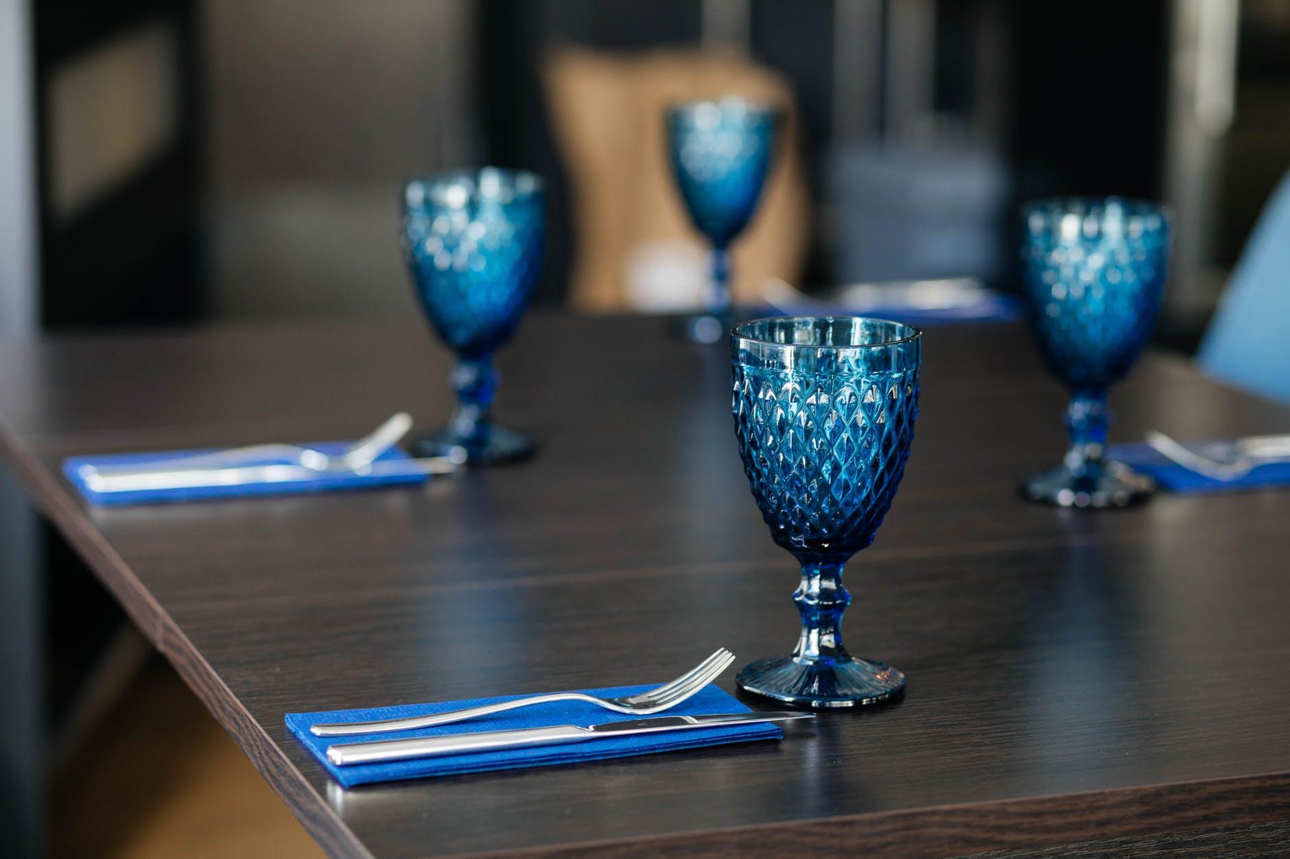 photo off blue goblets